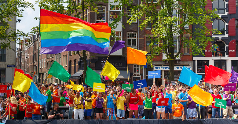netherlands-779.jpg (COC Nederland boat на Amsterdam Canal Parade 2014)